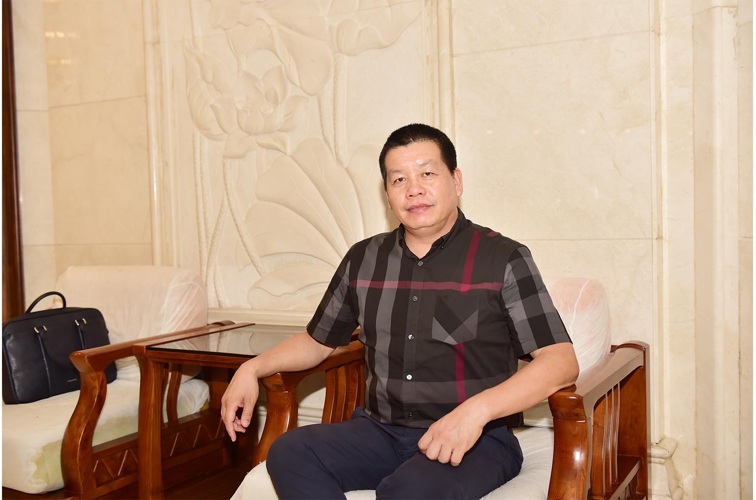 副会长吴志藩