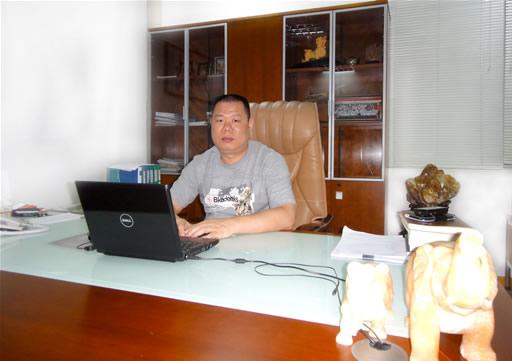 执行会长林玉龙