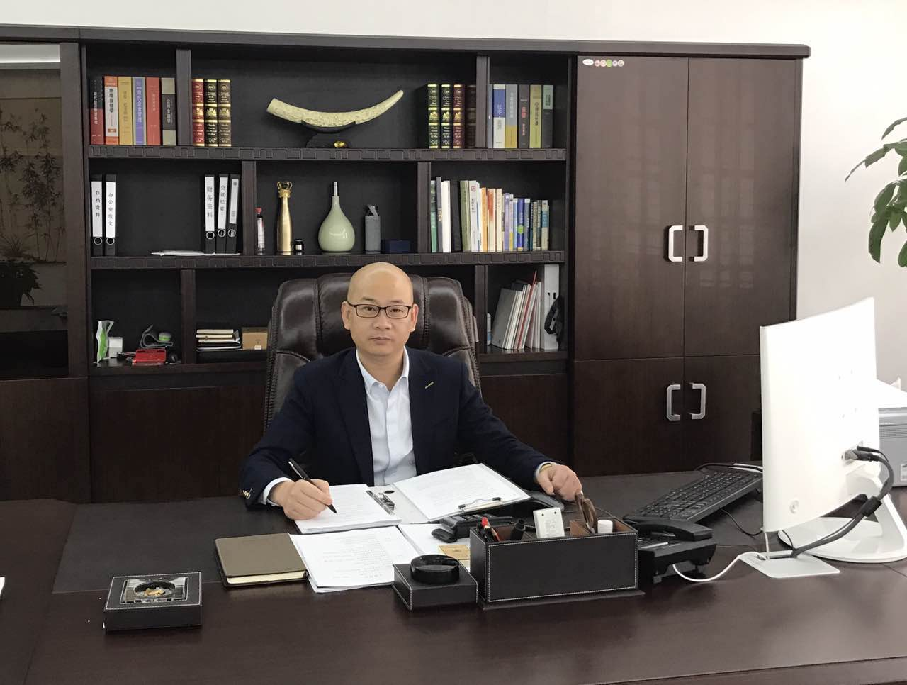 林平副会长