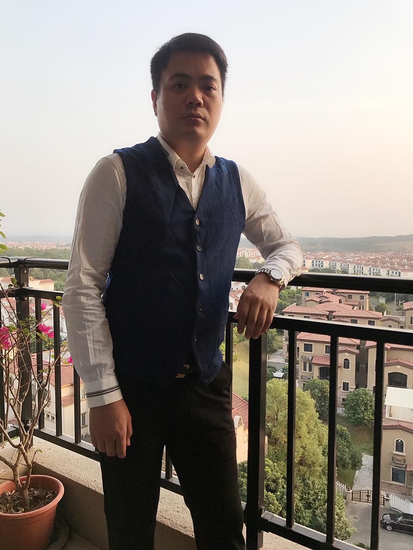 理事白荣华